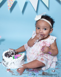 Nyomi Cake smash-6146.jpg