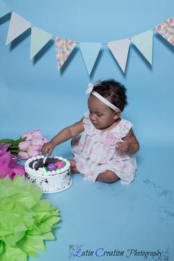 Nyomi Cake smash-6096.jpg