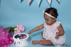 Nyomi Cake smash-6086.jpg