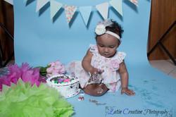 Nyomi Cake smash-6122.jpg