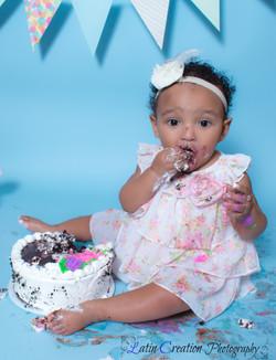 Nyomi Cake smash-6154.jpg