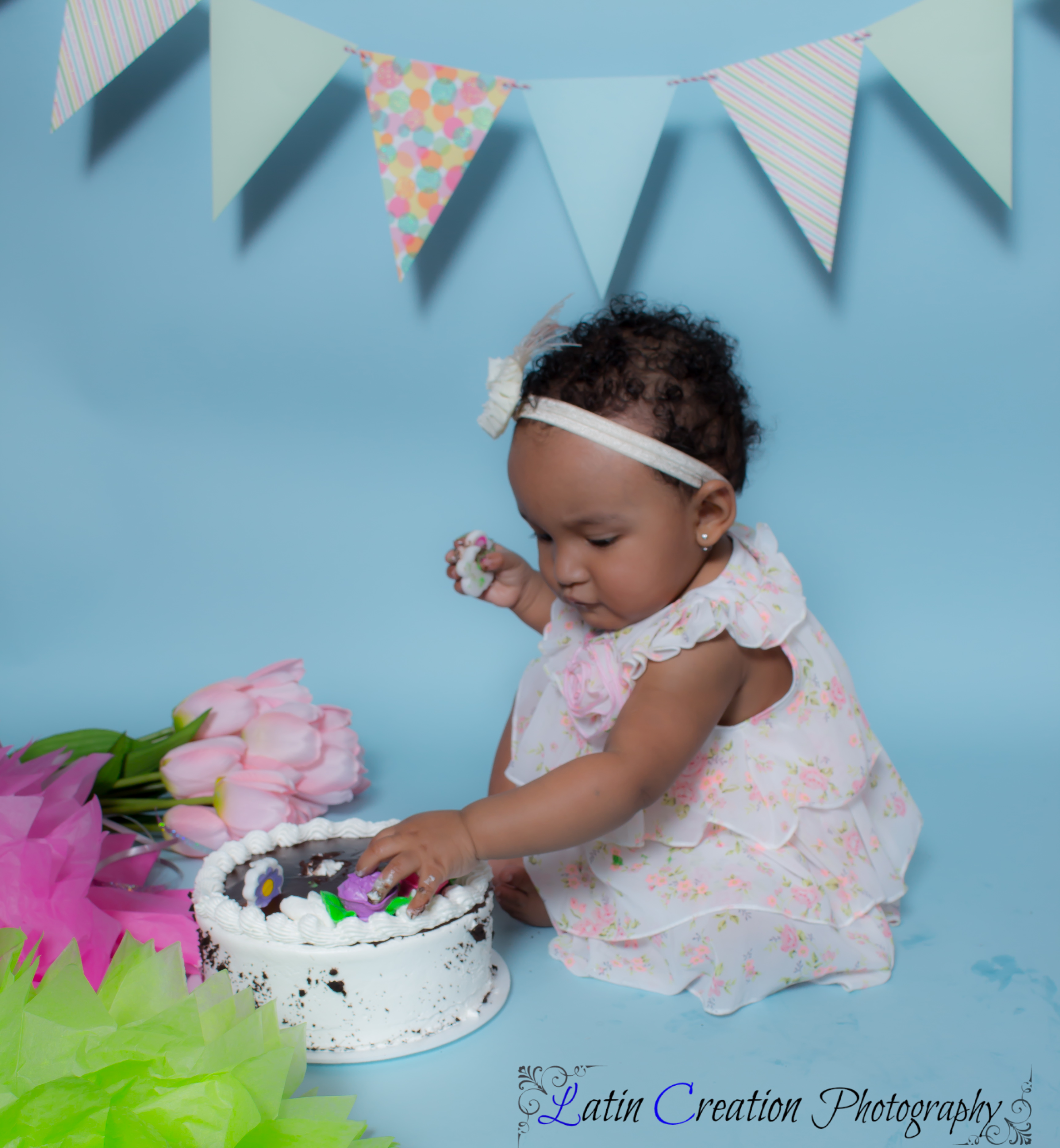 Nyomi Cake smash-6101.jpg