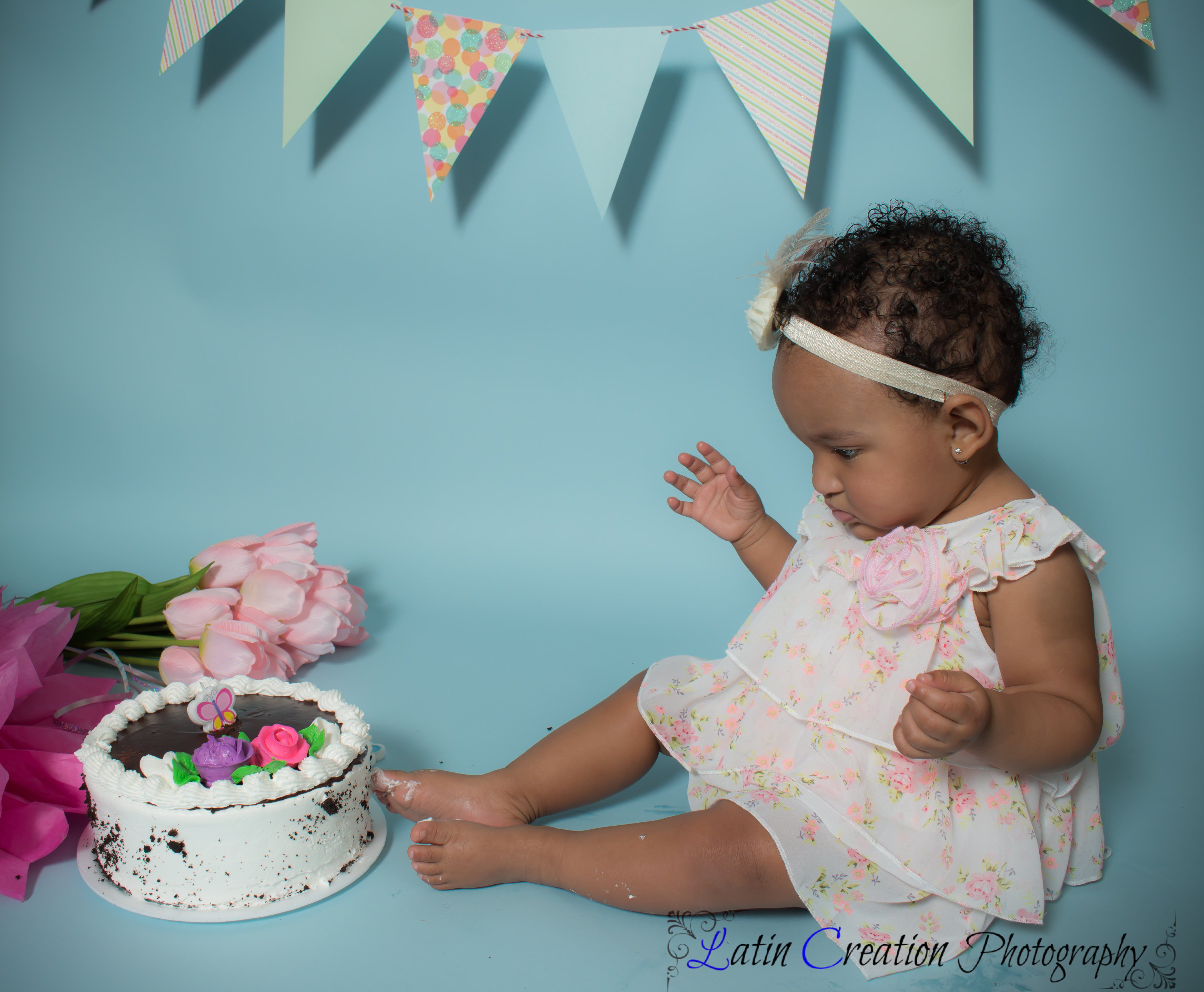 Nyomi Cake smash-6081.jpg