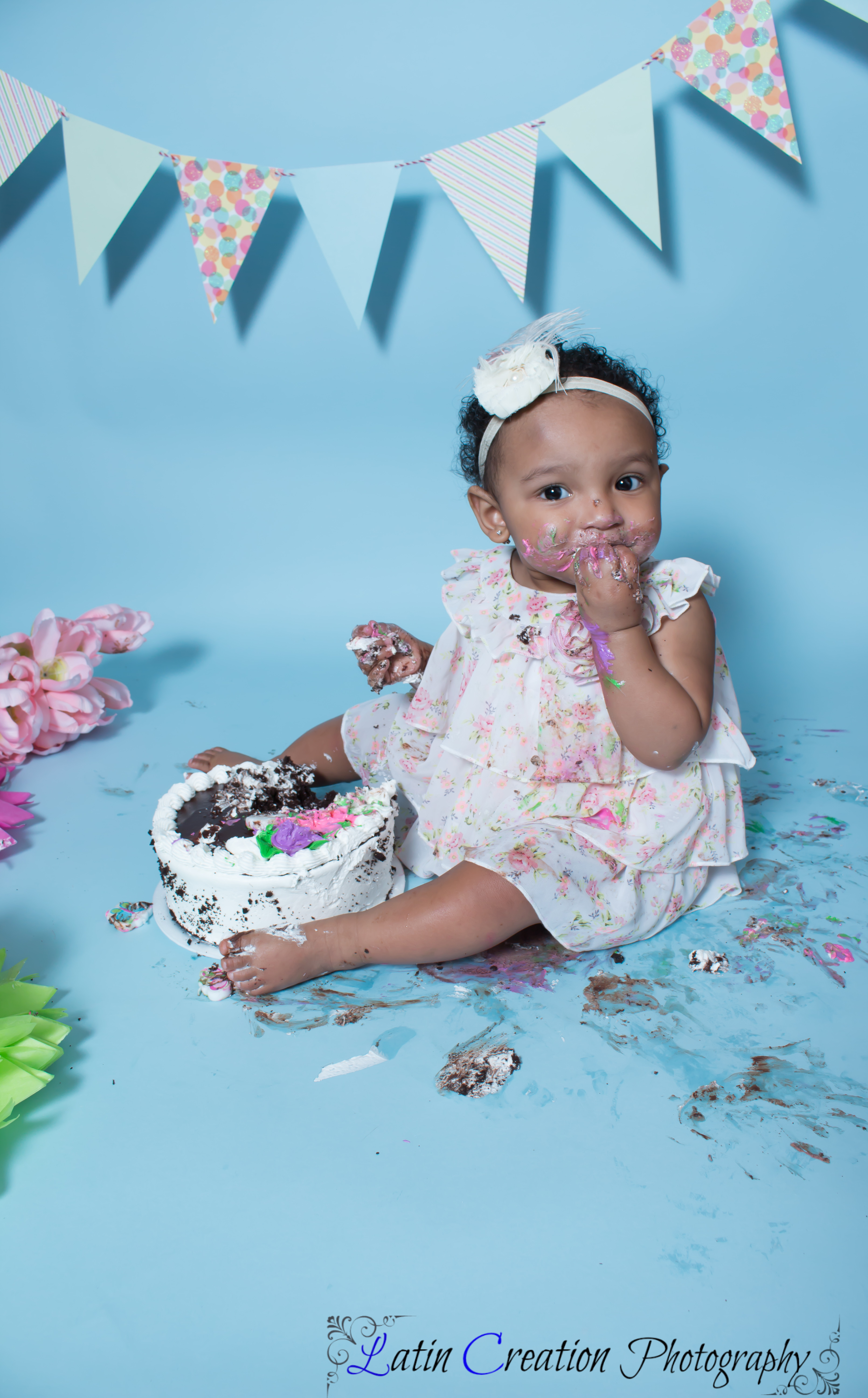 Nyomi Cake smash-6165.jpg