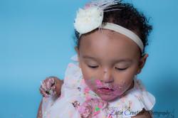 Nyomi Cake smash-6187.jpg