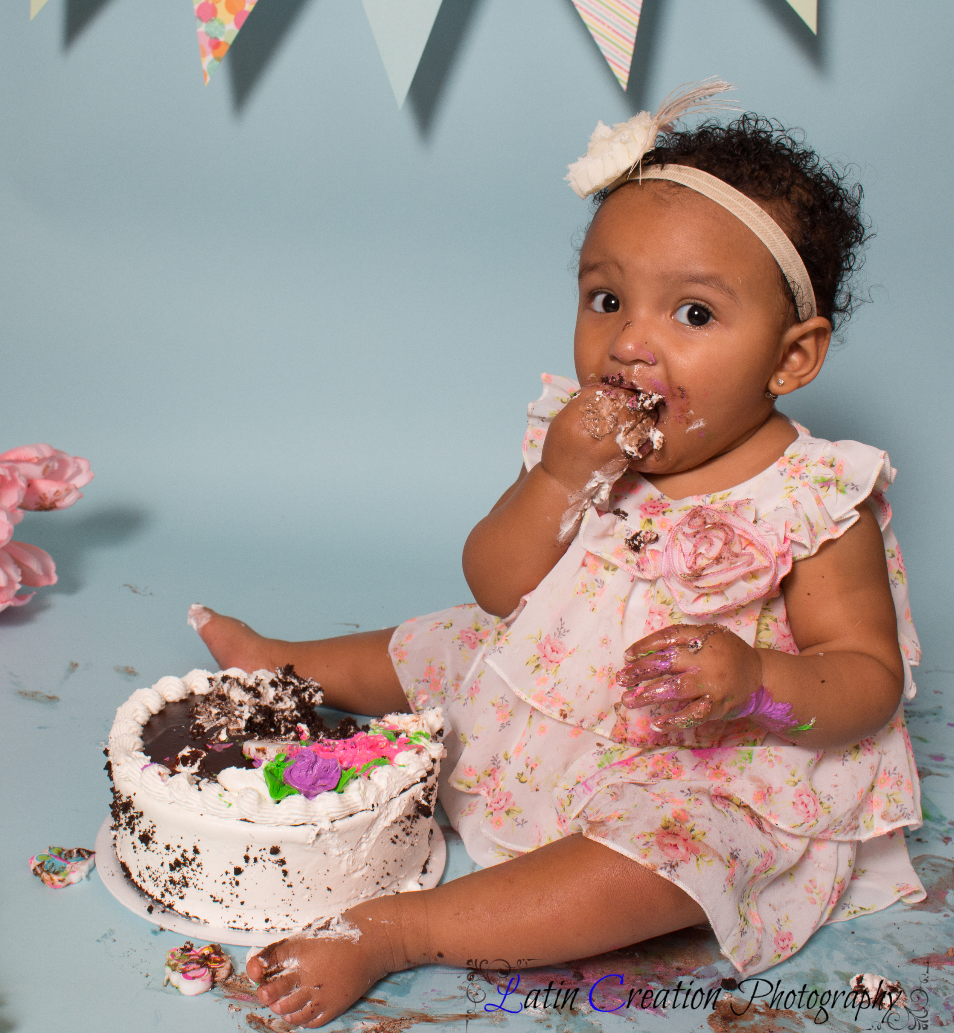 Nyomi Cake smash-6152.jpg