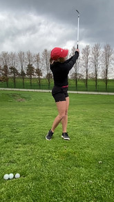 Pitching Wedge, Uphill Lie