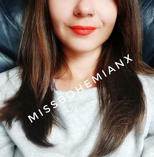 ProfileMissBohemianXRedLipsSmall.jpg