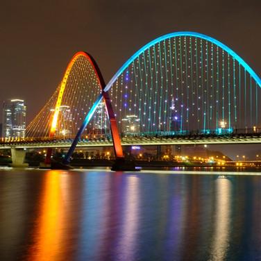 EXPO Bridge