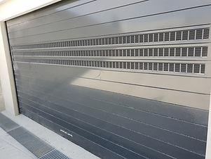 EFAFLEX parking system door for 3CX underground parking