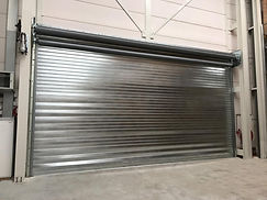 The Olympus EW90 fireproof roller shutter is a solid, reliable, durable and very effective door with a fire resistance of 120 minutes.