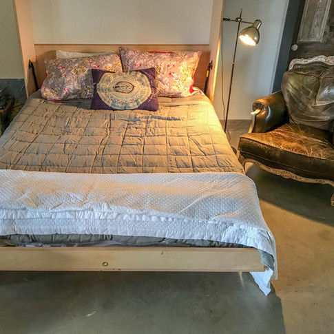 Cozy Murphy Bed