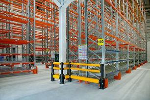 Seismic pallet racks for PharmaLink