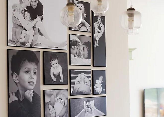 קיר תמונות משפחתי2.jpg