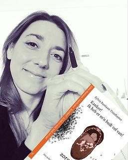 IMG_702 voorkant boek.jpg