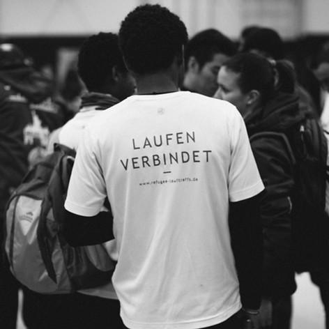 Unterstützung der Refugee-Lauftreffs für neue Leibchen in Höhe von 250€
