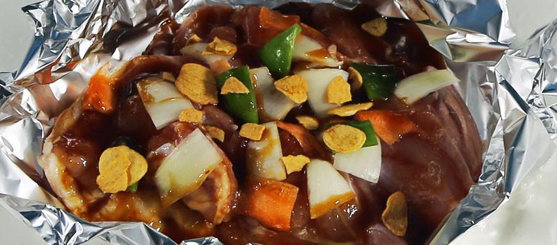 阿波尾鶏のガーリックオイルオイル焼き