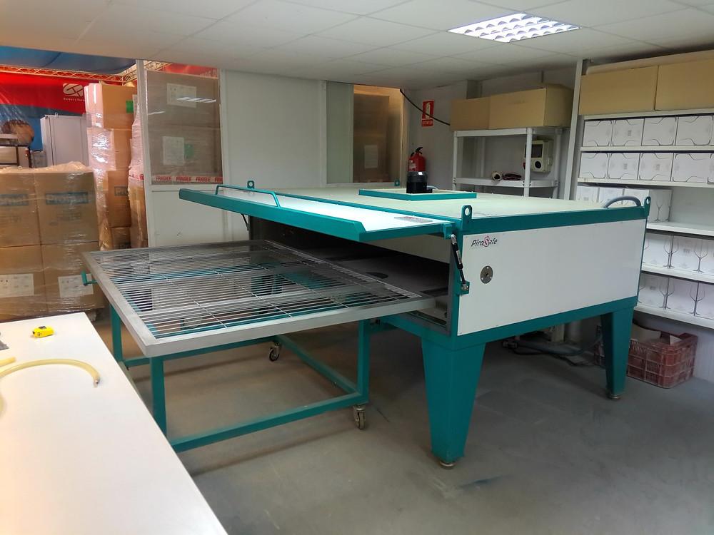 Horno para el tratamiento del vidrio laminado y horno para laminar laboratorio