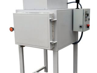 Horno eléctrico con cámara de post-combustión para tratamiento de plásticos