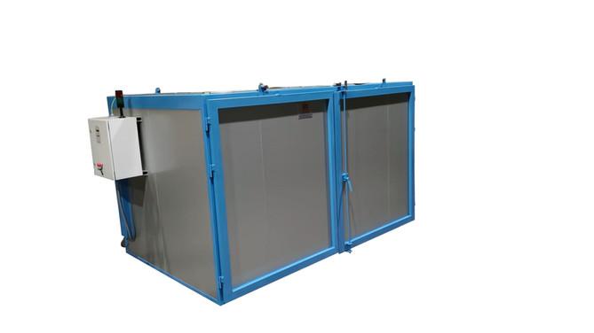 Horno eléctrico con recirculación , para una temperatura de trabajo máxima de 300ºC.