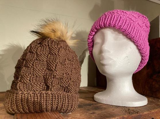 Bonnets  Cathy Mottier