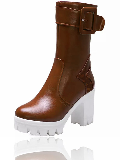 Zanda Brown Ankle Boots