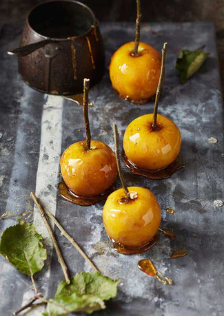 Toffee-Apples_10237-small.jpg