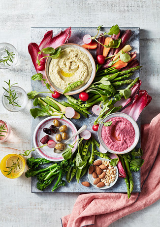 Houmous-With-Veggies.small.jpg