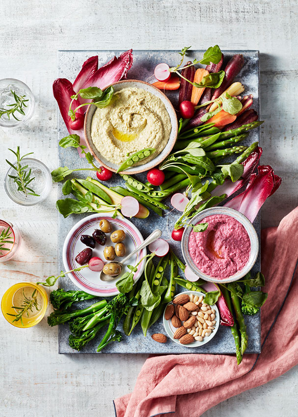 Houmous-With-Veggies.small.jpg