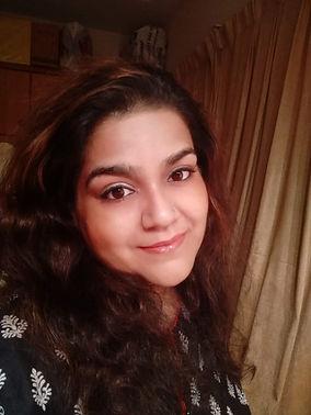 Hina Iqbal.jpg