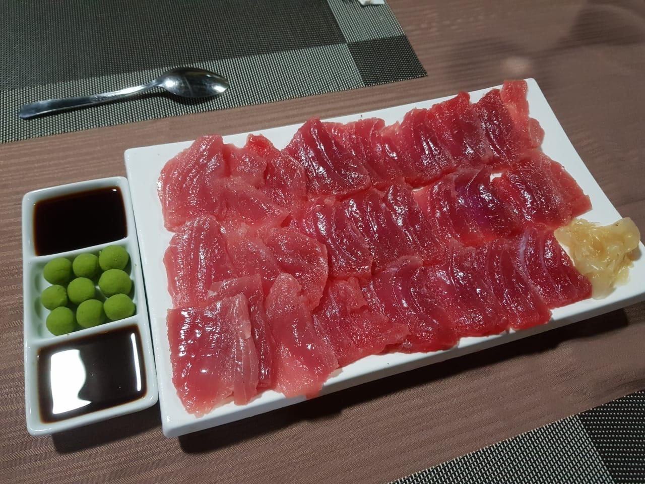 fresh tuna sashimi caught in panama for dinner at psfl
