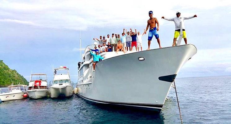 110' Broward mothership fishing experience in Panama