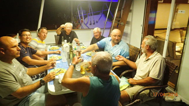 Mothership stay at panama sport fishing lodge dining experience