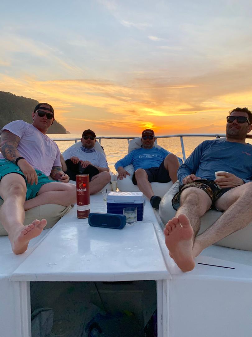 Mothership stay at panama sport fishing lodge guys trip