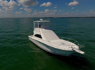 38ft luhrs boat rental in panama