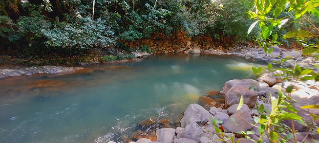 Rio Cascadas natural pool in cerro azul panama