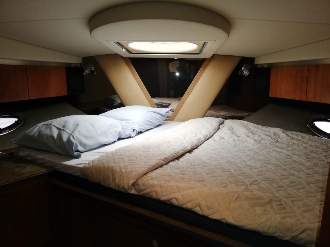 bedroom on 46ft cruiser boat for rent in panama