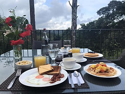La semilla panama breakfast included
