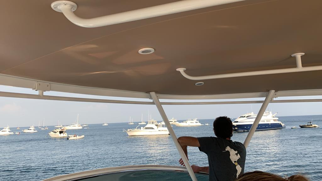 upper deck of 70ft moiari yacht charter in panama
