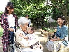 01笑顔(散歩①).JPG