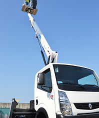 Truck lift Hire, truck mounted platform hire