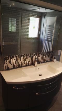 Meuble vasque, miroir et carrelage Leroy Merlin