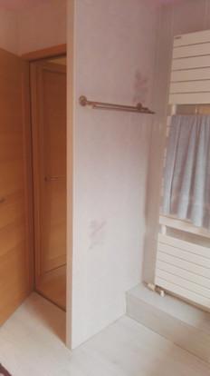 Autre vue de l'ancienne salle de bain