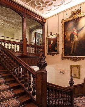 Hall Staircase 01.jpg