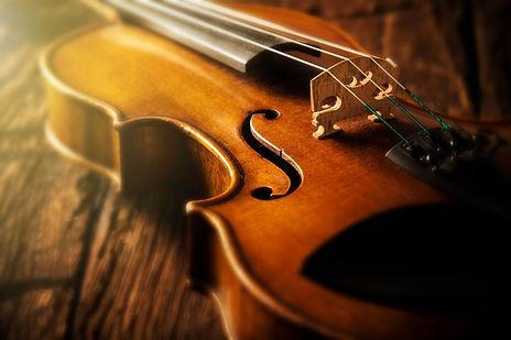stradivarius-violins-sysk.jpg