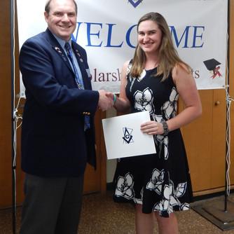 Scholarship Winner: Lauren Day!
