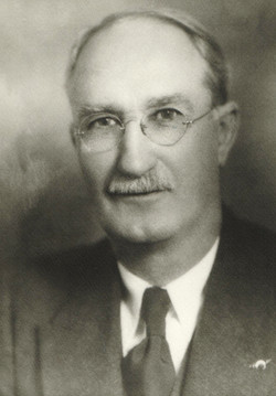 1907 T. H. Davey
