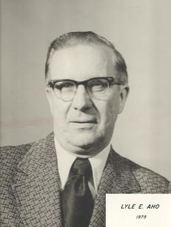 1975 Lyle E. Aho