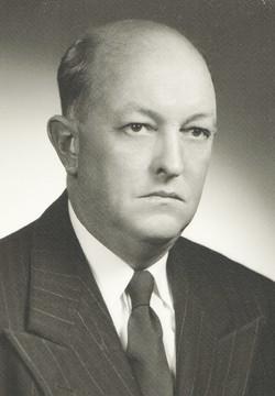 1952 W. John Pellow