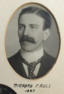 1899 Richard Faull